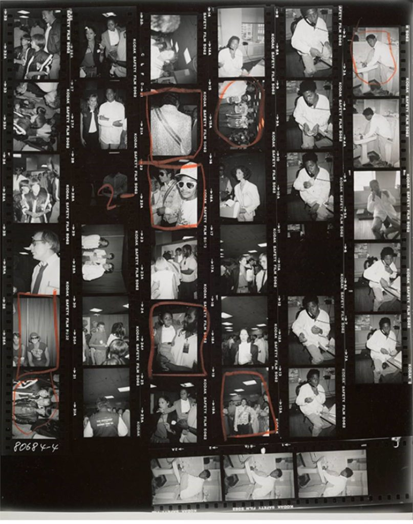 """""""Ce portrait  de Michael Jackson. Warhol-xpo01-807x1024"""
