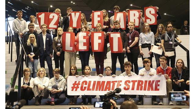 Les chansons de Michael Jackson avaient l'habitude de protester lors de la conférence sur le climat des États-Unis Poland_Climate_Students_Protest_06948_65209969_ver1.0_640_360