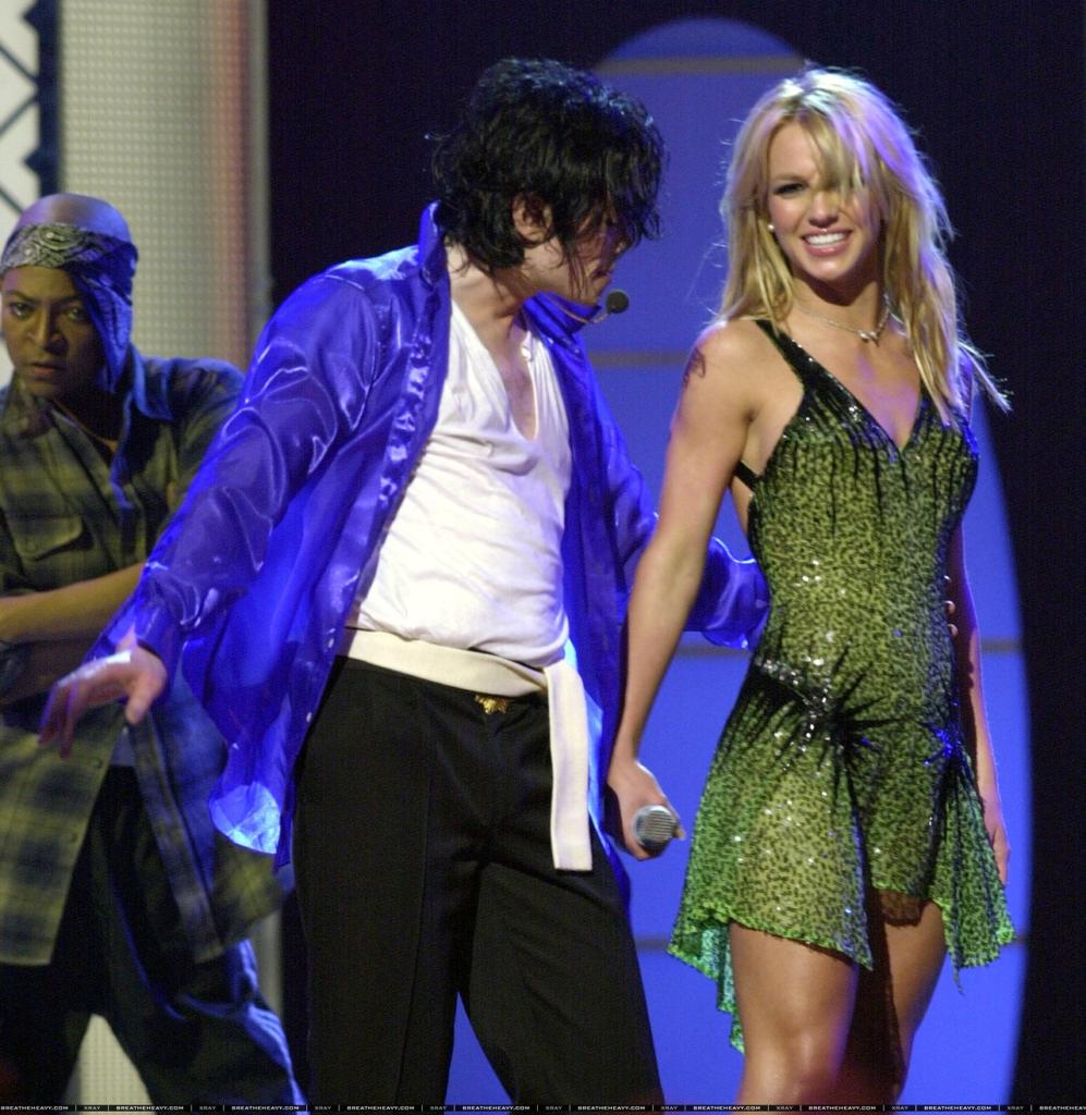 "Britney Spears shows her Dance Skills on Michael Jackson ""SCREAM"" | MJVibe"