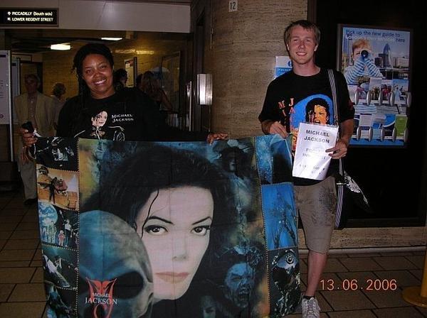 L'importance du verdict Michael Jackson: 14 ans plus tard. 198467_4398144212_8235_n