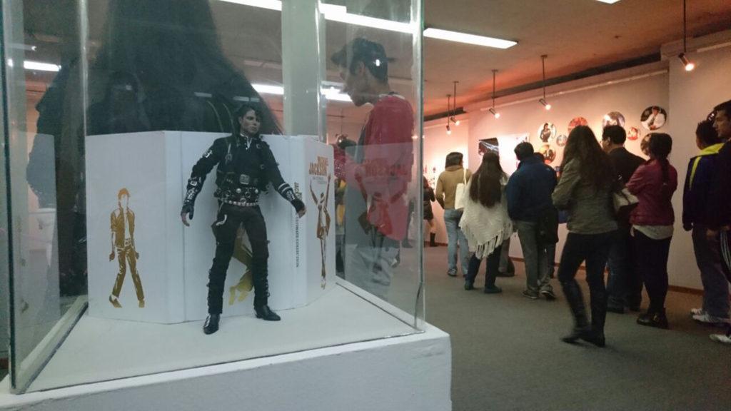 Bolivie: Exposition «L'héritage de Michael Jackson» Exhib19-05-1024x576