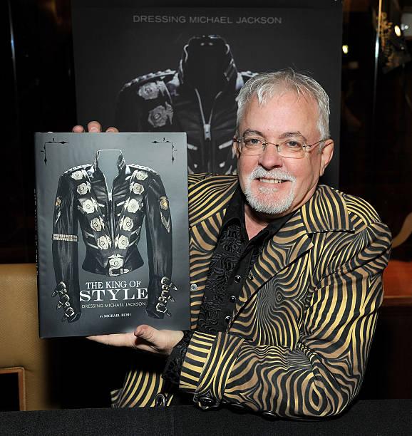 Vente aux enchères de Michael Jackson's Glove et du 50e Festival de Cannes en 1997 Julien-Oct19-03