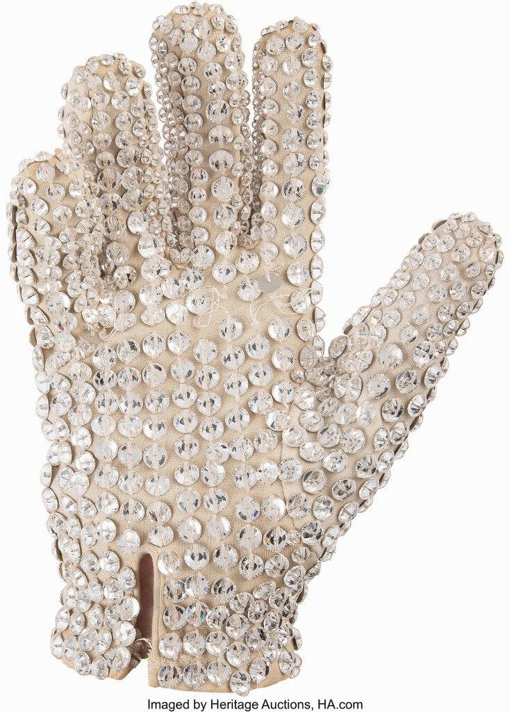 Glove-Victory-734x1024.jpg