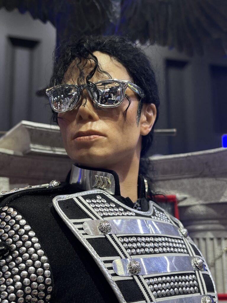 MJ-Teaser02-768x1024.jpg