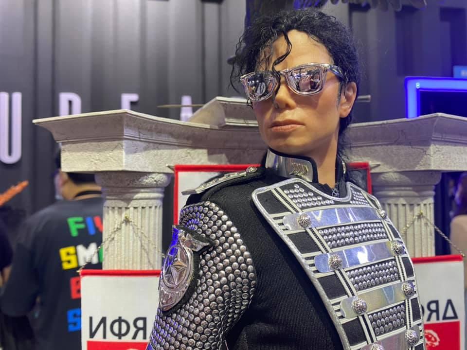 MJ-Teaser05.jpg
