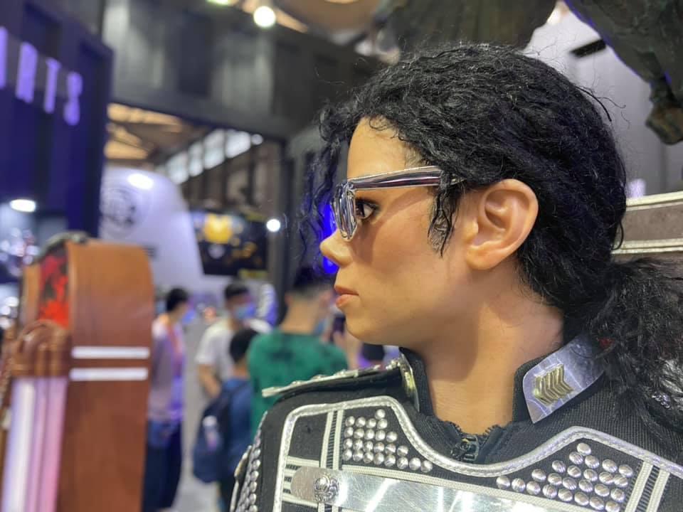 MJ-teaser04.jpg